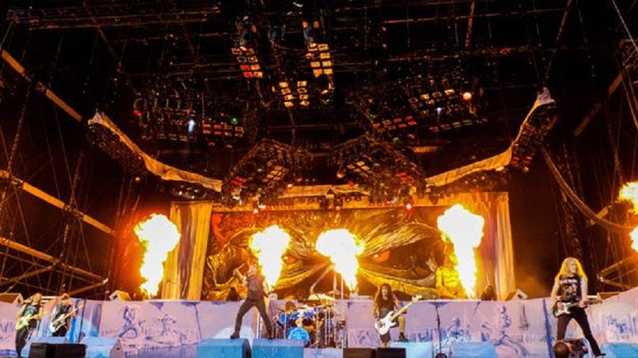 Pyro på scen